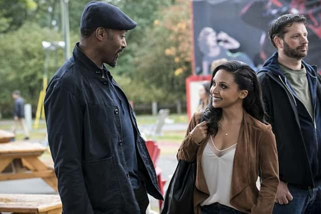 http://sm.ign.com/t/ign_in/screenshot/j/jesse-l-ma/jesse-l-martin-as-detective-joe-west-and-danielle-nicolet-as_6ugy.640.jpg