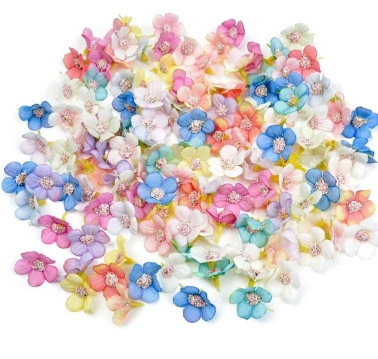 http://scrapkowo.pl/shop,kwiaty-magnolie-roz-35mm-5szt,4609.html