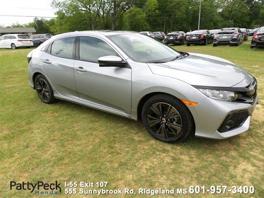 2017 Honda Civic Hatchback EX-L Navigation FWD