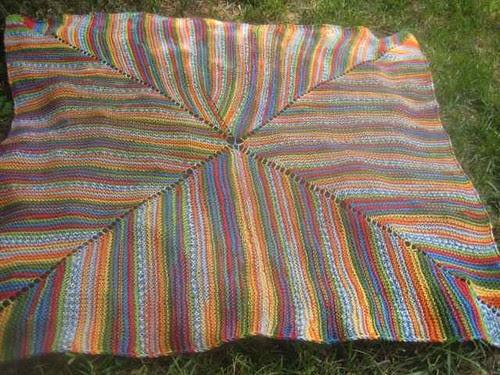 love/hate blanket 1