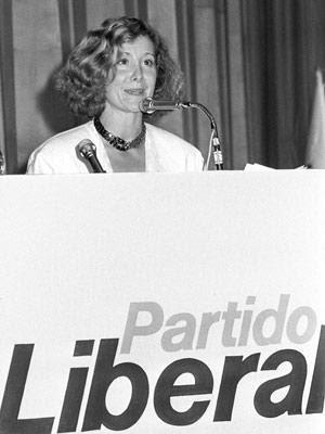 http://imagenes.publico.es/resources/archivos/2008/4/26/1209242768550esperanzaliberal300dn.jpg