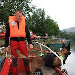 """Haut Doubs. Photos. Les pompiers en exercice """"victime immergée"""" à Villers-le-Lac"""