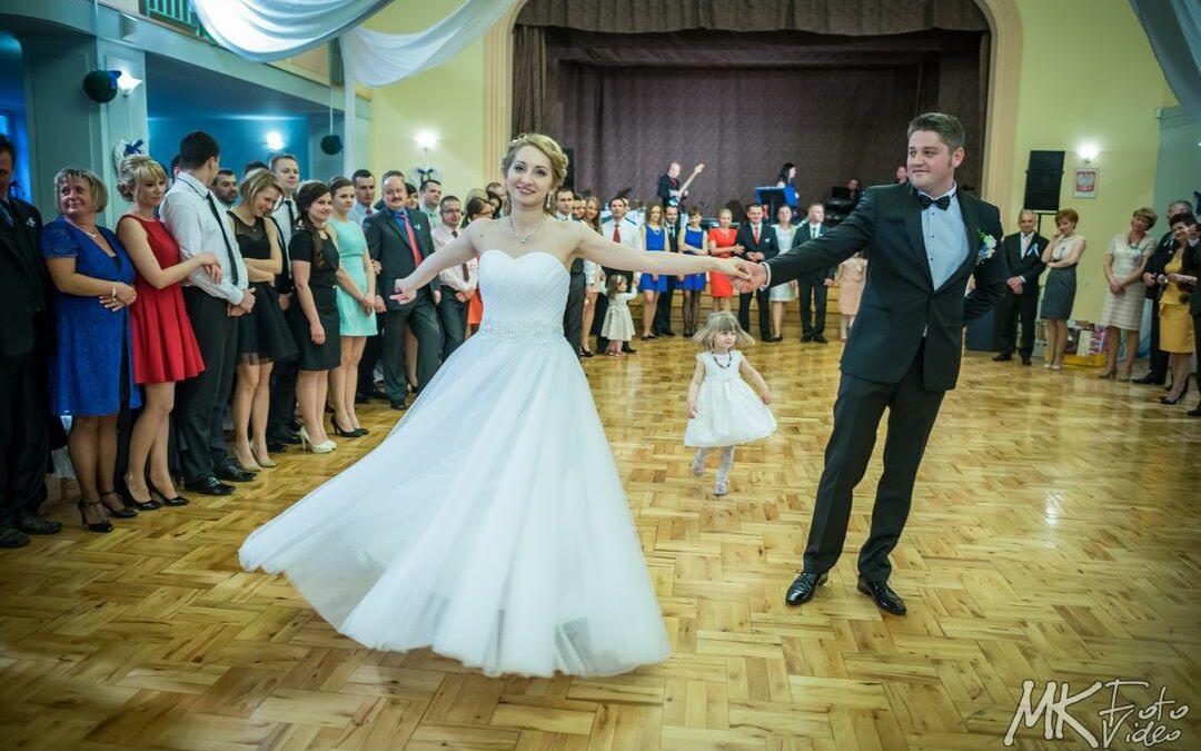 Jak Wybrać Pierwszy Taniec Na Wesele