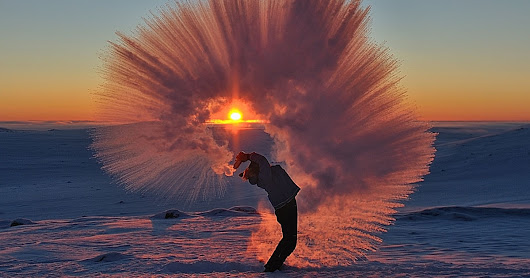 Here's a Photo of Tea Being Tossed in -40°C Weather