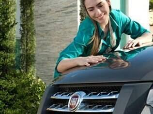 Pintura do carro usado deve estar sempre uniforme, no mesmo tom e sem ondulações