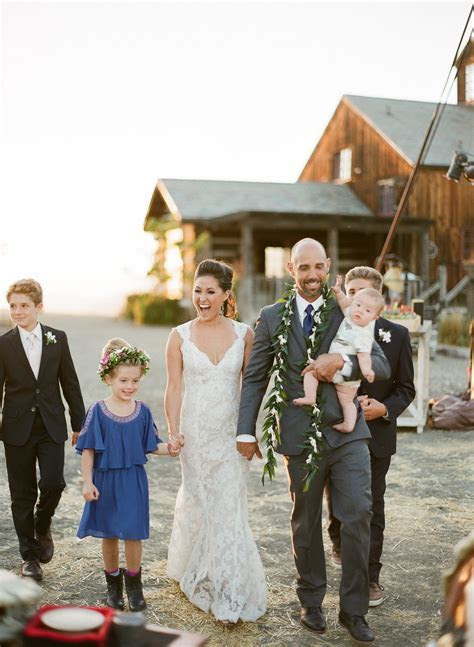 10 Ways To Celebrate Your Blended Family Wedding   A
