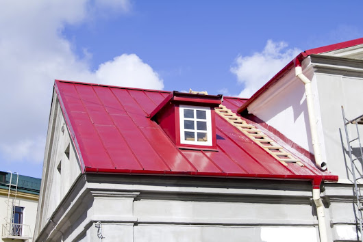 4 Steps To Take if Your Roof is Leaking | The Roof Doctor