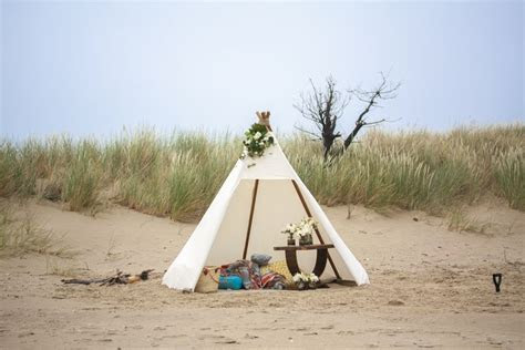 Style my day   Romantic Beach Proposal   Tasmania   Style