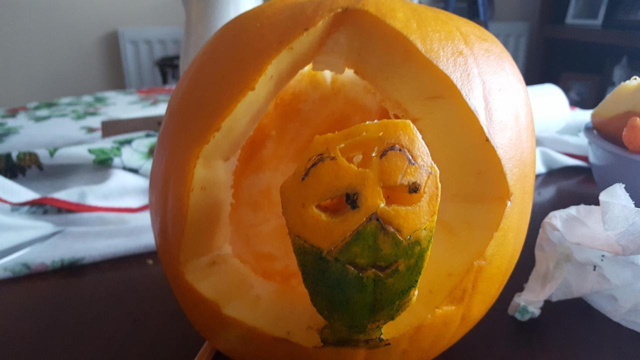 The first time I've actually done a pumpkin. And what better way to do it than make a design of the lovable Peridot to be carved onto it. Sorry for lack of pictures, but I'm doing the best I can to...