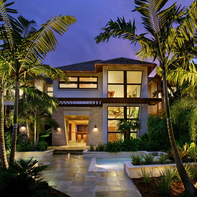 Captiva House  Tropical  Exterior  other metro  by K2