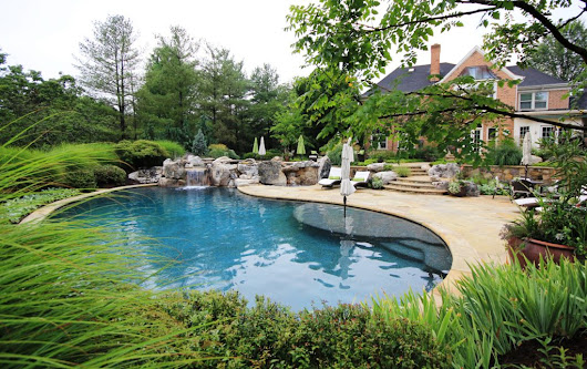 Swimming Pool Design in Potomac MD: What you Need to Know