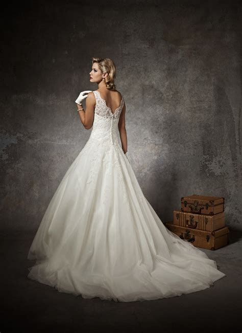 Justin Alexander Fall 2012 Bridal Collection (II)   The