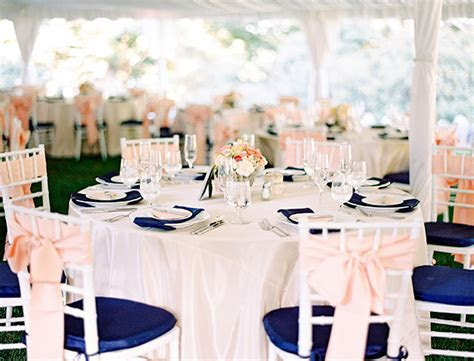navy blue and coral wedding decoration ideas ? Sang Maestro