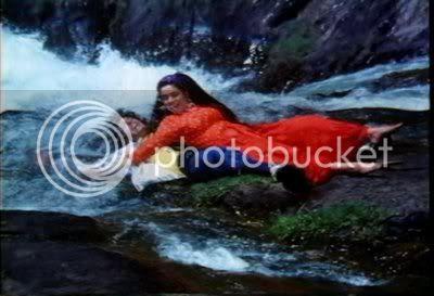 http://i347.photobucket.com/albums/p464/blogspot_images1/Kasak/PDVD_059.jpg