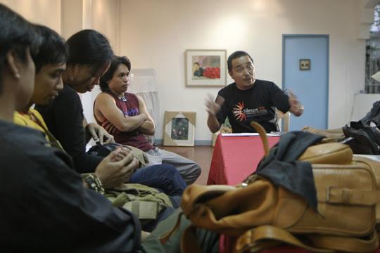 Yuan Mor'O Ocampo at UGNAYAN Meeting, Photo by Wawi Navarroza