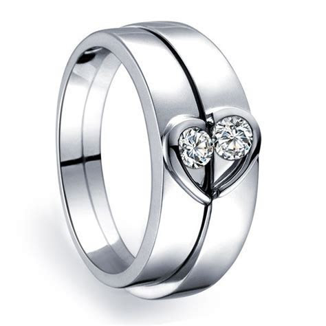 Traditional Engagement Rings and Tungsten Engagement Rings