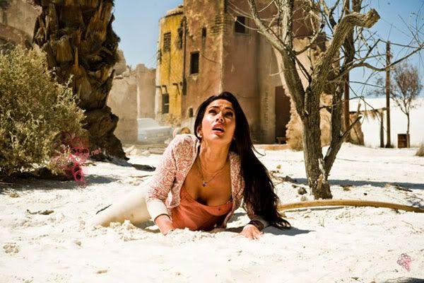 Mikaela Banes (Megan Fox).