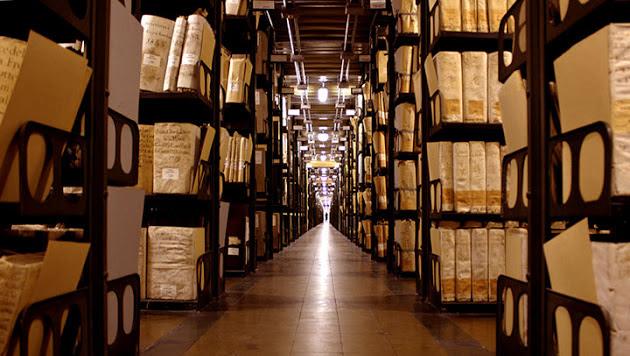 http://www.pontuali.com/marco/images/articoli/Vaticano/Archivio%20Segreto%20VAticano/archivio-3-big1.jpg