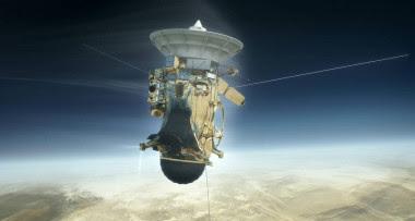 <p>Ilustración de la nave Cassini de la NASA adentrándose el 15 de septiembre de 2017 en la atmósfera de Saturno. / NASA / JPL-Caltech</p>