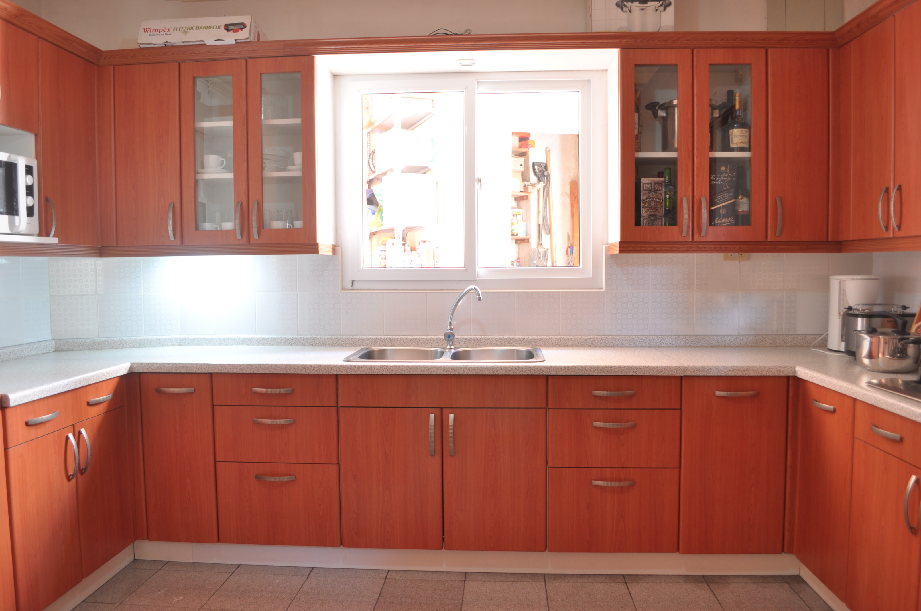 Popular 11+ Kitchen Cabinets Designs For Small Kitchens In ...