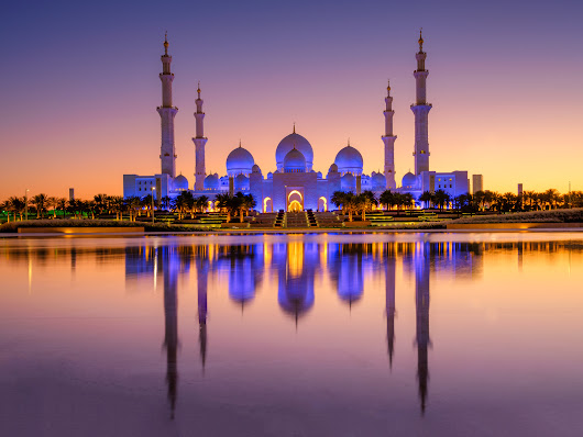 Pic(k) of the week 18: ABU DHABI MOSQUE DURING BLUE HOUR - FUJIFILM GFX 50S