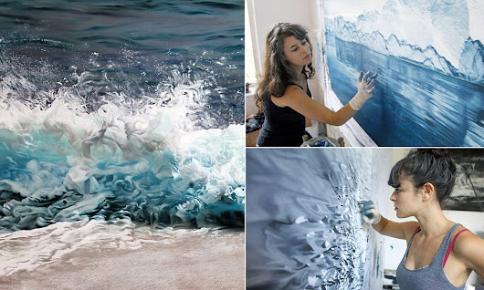 Photograph-like images of sea and ice by artist using her fingers