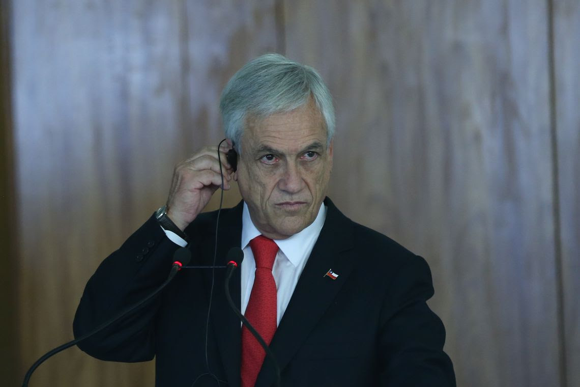 O presidente do Chile, Sebastián Piñera, fala à imprensa no Palácio do Planalto