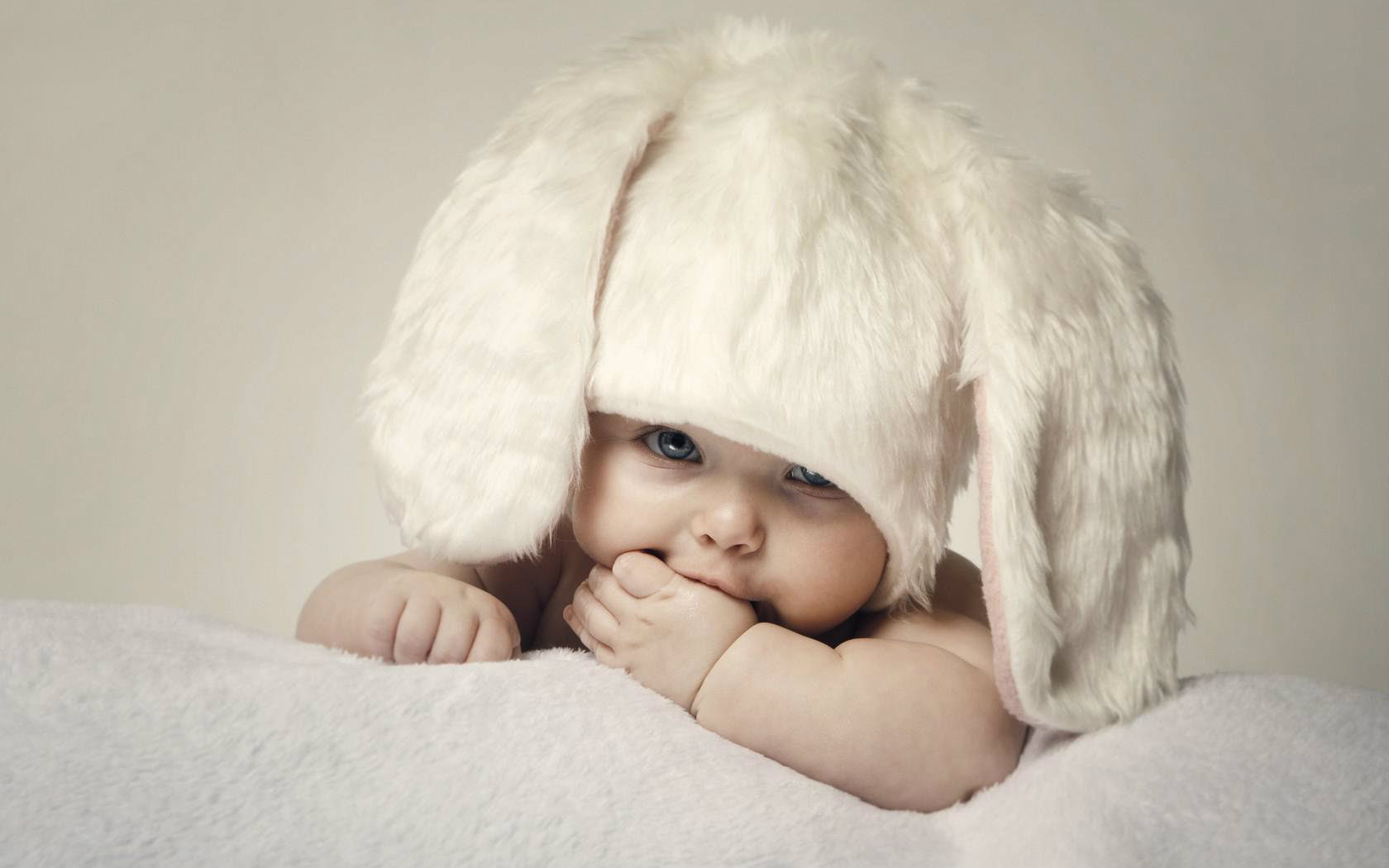 Cute Baby Boy Wallpapers For Desktop Baby Wall 1680x1050