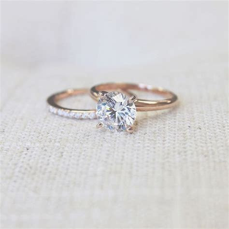 Traditional Solitaire Engagement Ring   Solitaire