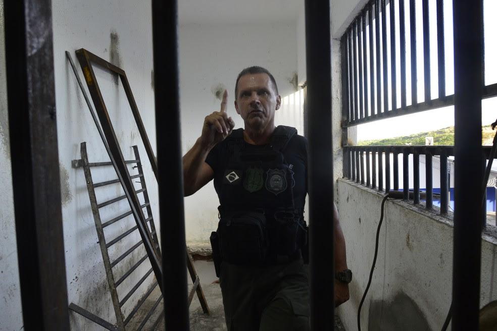 Secretário de Justiça e Cidadania explica detalhes sobre as obras de Alcaçuz  (Foto: Andréa Tavares/G1 )