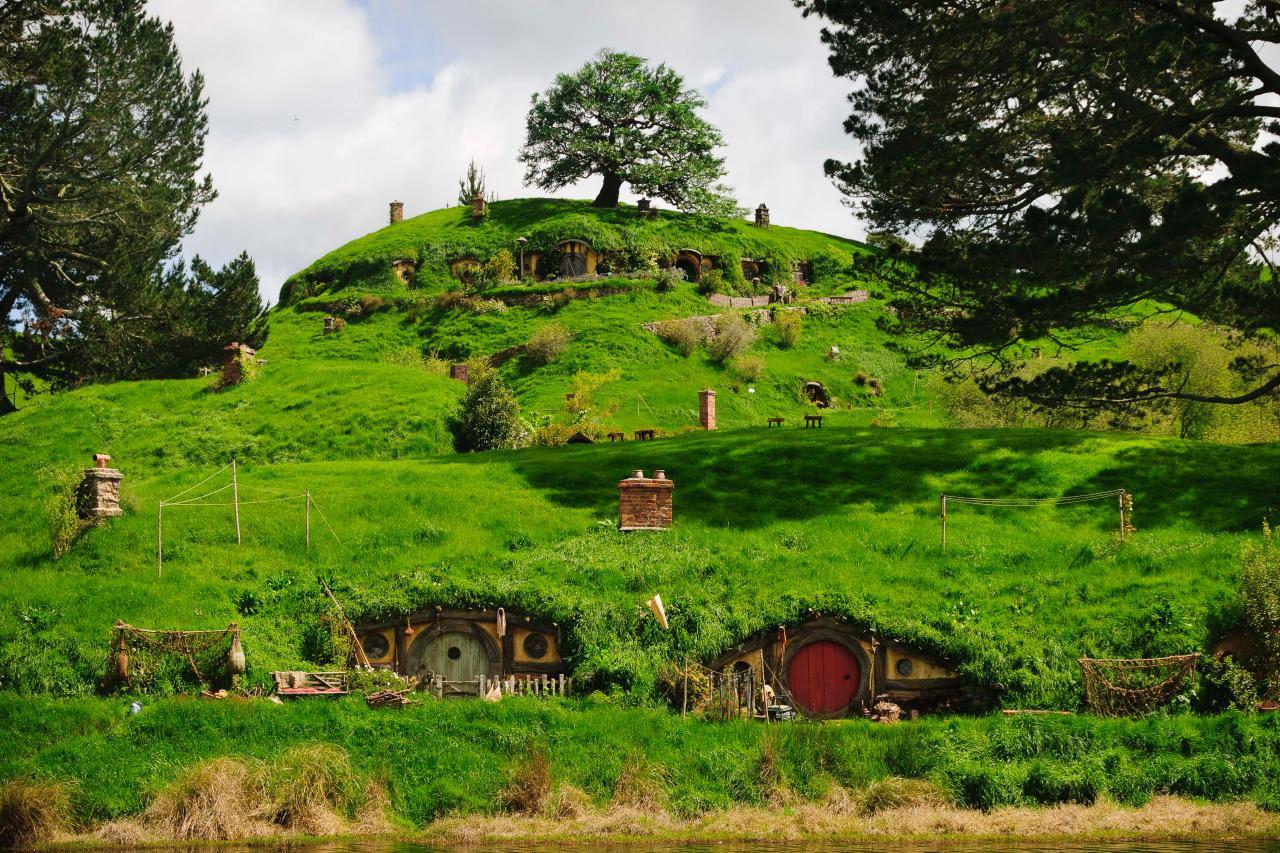 ci hobbiton movie set tours 11