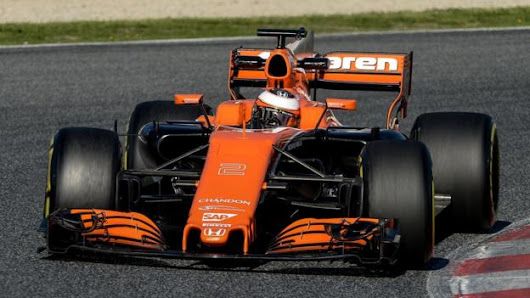 McLaren change another engine in testing after electrical problem