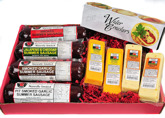 Win a Wisconsin's Best Cheese & Sausage Tailgating Gift Basket!