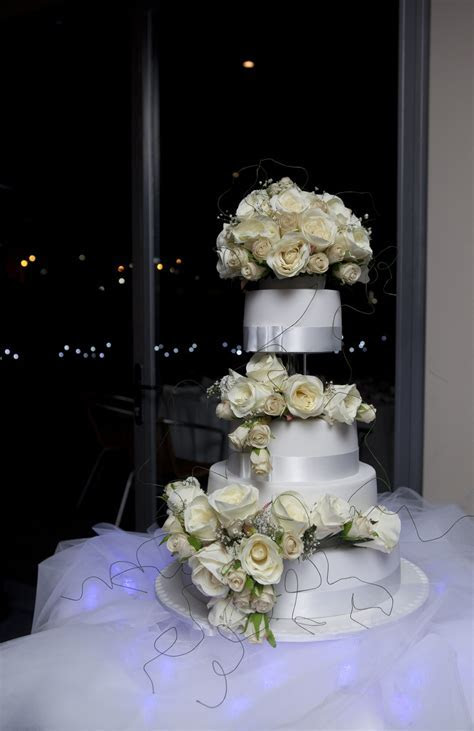 Wedding & Engagement Cakes