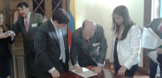 Alcaldía y Gobierno Nacional firmaron convenio para adquisión de 541 cámaras más de video vigilancia