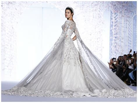 Spring 2016 Couture: Ralph & Russo   THE ENCHANTED BOUDOIR
