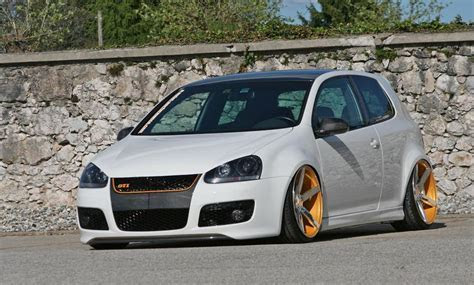 White VW Golf Mk5 GTI on Vossen wheels   VW Golf Tuning