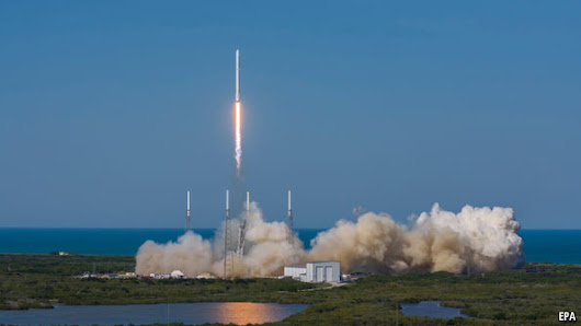 SpaceX makes a historic sea landing