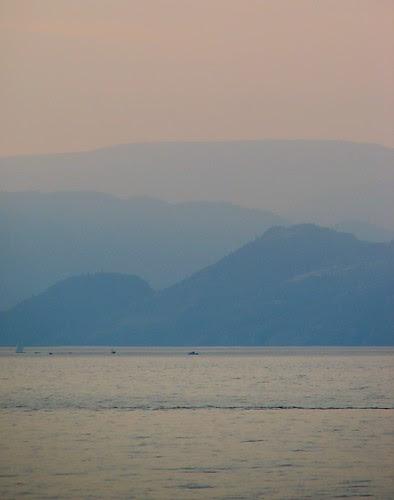 powell-beach-sunset