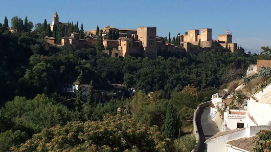Where are the best places to stay in Granada?