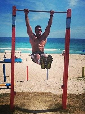 Tenente Guillermo Portugal ficou em coma após treinamento na selva (Foto: Reprodução/Facebook)