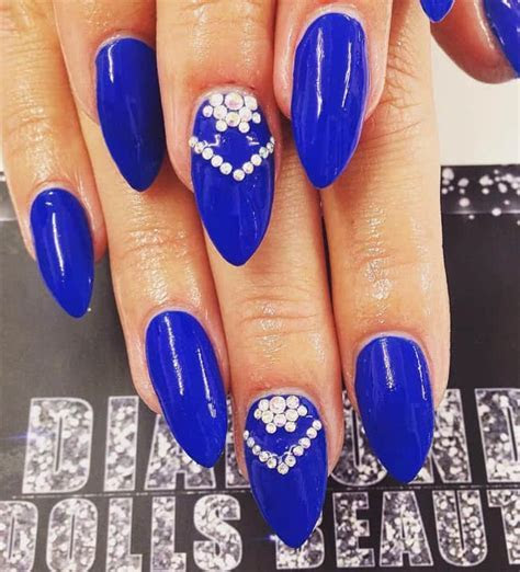 15 Cool Blue Nail Designs That Will Inspire You   SheIdeas