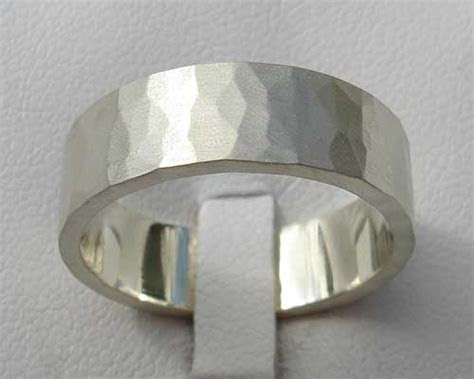 White Gold Hammered Wedding Ring : LOVE2HAVE in the UK!