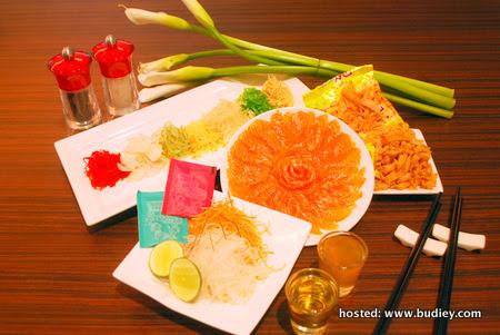 CNY (Scallop and Salmon Yee Sang)