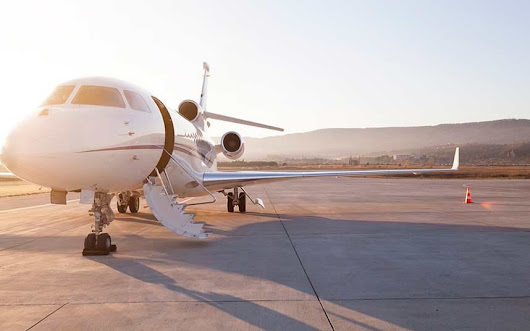 London's curious world of private jets