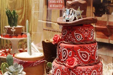 chá bar estilo country, decoração festa, decoração cowboy