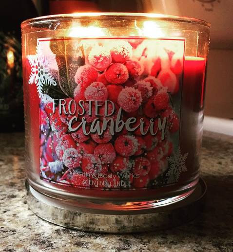 Bath & Body Works Frosted Cranberry Candle Reviews ...