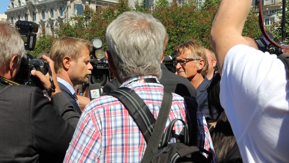 Bent Høie og Mads Gilbert - Foto: Lars Tore Endresen / NRK