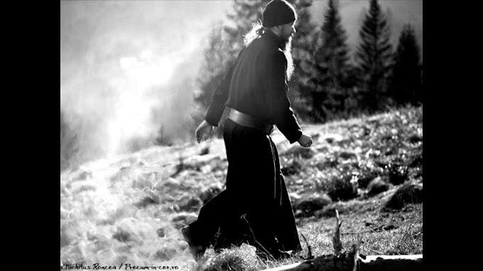 Μεσ'της 'ερημιάς τα βάθη (Μοναστηριακό άσμα)