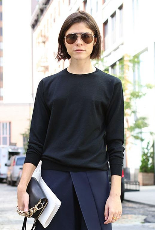LE FASHION BLOG STREET STYLE INTO THE GLOSS EMILY WEISS BLACK AND NAVY VIA ELLE AVIATOR SUNGLASSES SHORT BOB HAIRCUT BLACK KNIT SWEATER CHAIN CLUTCH BAG BOX PLEAT NAVY BLUE SKIRT NEW YORK FASHION WEEK 2 photo LEFASHIONBLOGSTREETSTYLEEMILYWEISSBLACKANDNAVYVIAELLE2.jpg